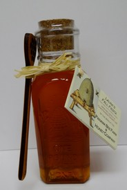 Honey - 16 Oz Bottle with Spoon Image