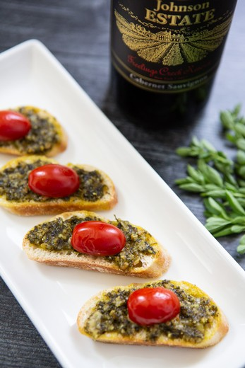 Oregano Pesto Crostini